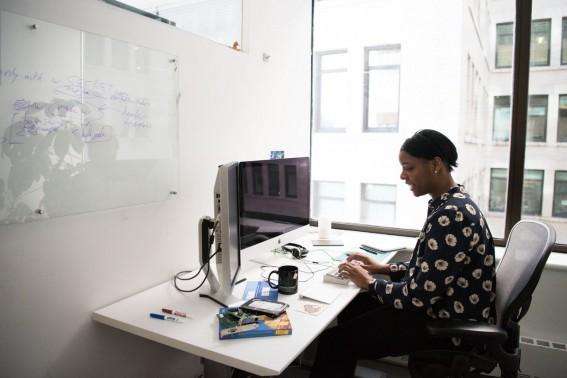 Home Office — Por que Investir em Um Quadro de Vidro Para o Seu Home Office?