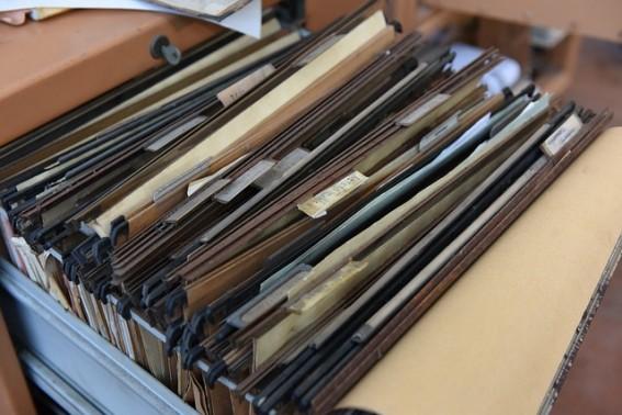 Como conseguir mais espaço no seu escritório fazendo a gestão de documentos?